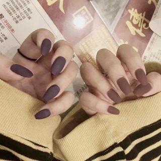 24 Cái Hoàn Thành Móng Tay Giả Matte Cà Phê Nâu Móng Tay Giả Ladies Finger Nail Art Mẹo Cô Dâu Móng Tay Giả Với Keo thumbnail