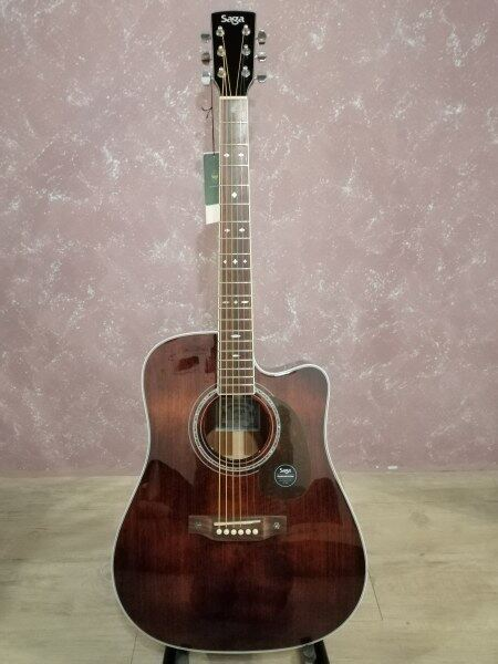 Full Solid Wood Guitar - Saga A1 - DCR 41 Dreadnought Cutaway Malaysia