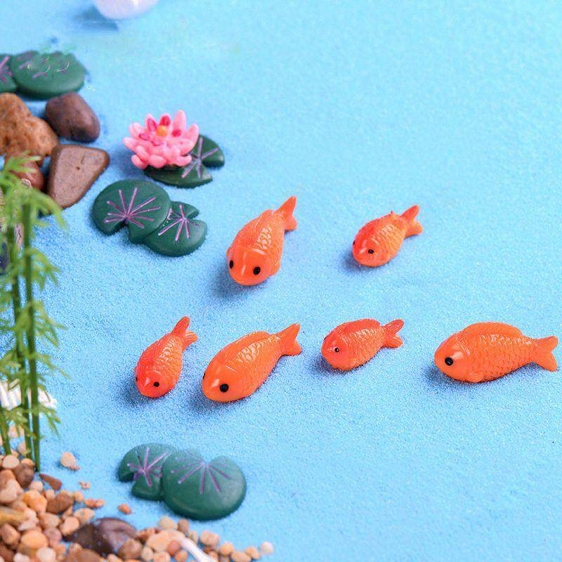 Giá 8pc/lot Red Fish miniature figures decorative mini fairy garden animals Moss micro-landscape ornaments resin baby toy