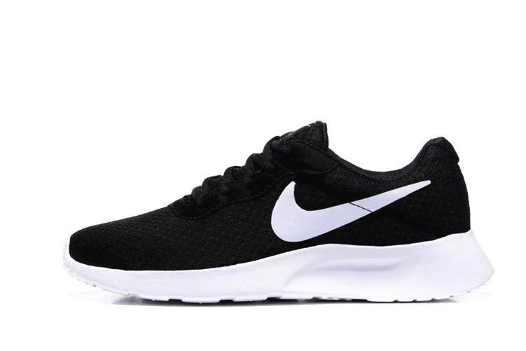 finest selection 8ccf7 b45a4 Nike Original ROSHE RUN MEN WOMEN Running Shoes Discounted TANJUN  (Size 36-44)