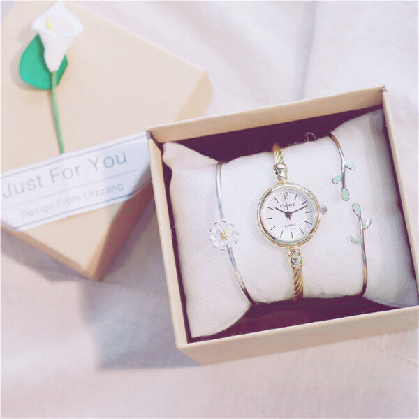 ﹊♀✖  Watch bracelets suit birthday present fOr the girl small pure and fresh temperament Of jOker girlfriends lady ins wind small dial Malaysia