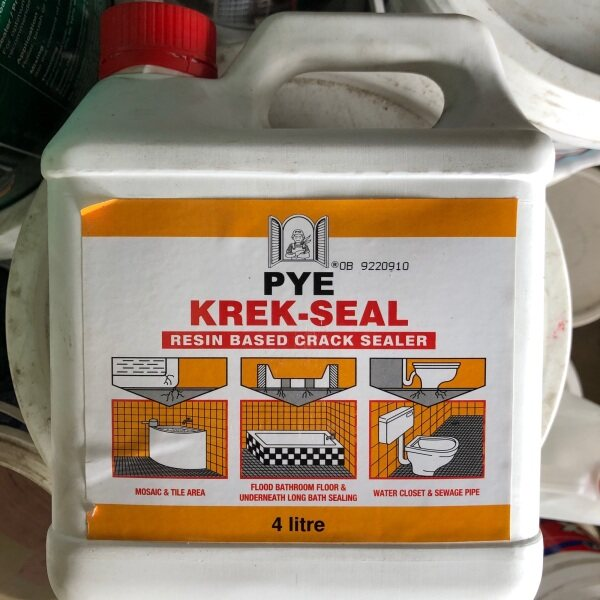 PYE KREK SEAL RASIN BASED CRACK SEALER 4liter