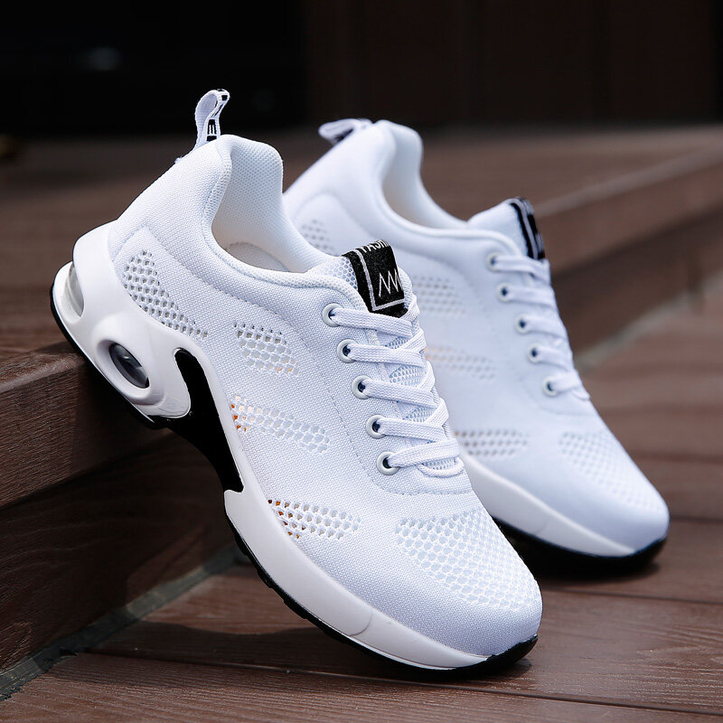New Fashion Women S Flying Weave Shoes Air Cushion Damping Running Shoes.
