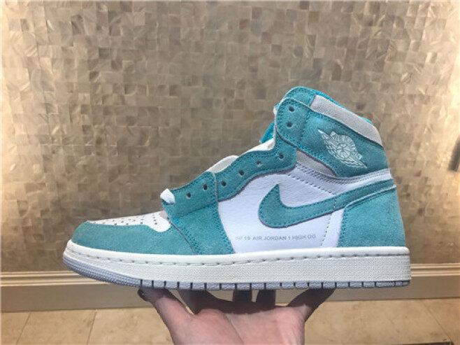 Bản Gốc 100%! Nike_air_jordan_1 Mid Aj1 _ Giày Chơi Bóng Rổ Giày Thoải Mái Giày Thể Thao Ngoài Trời Giày Thể Thao Kích Thước Ảnh: 40-46 giá rẻ