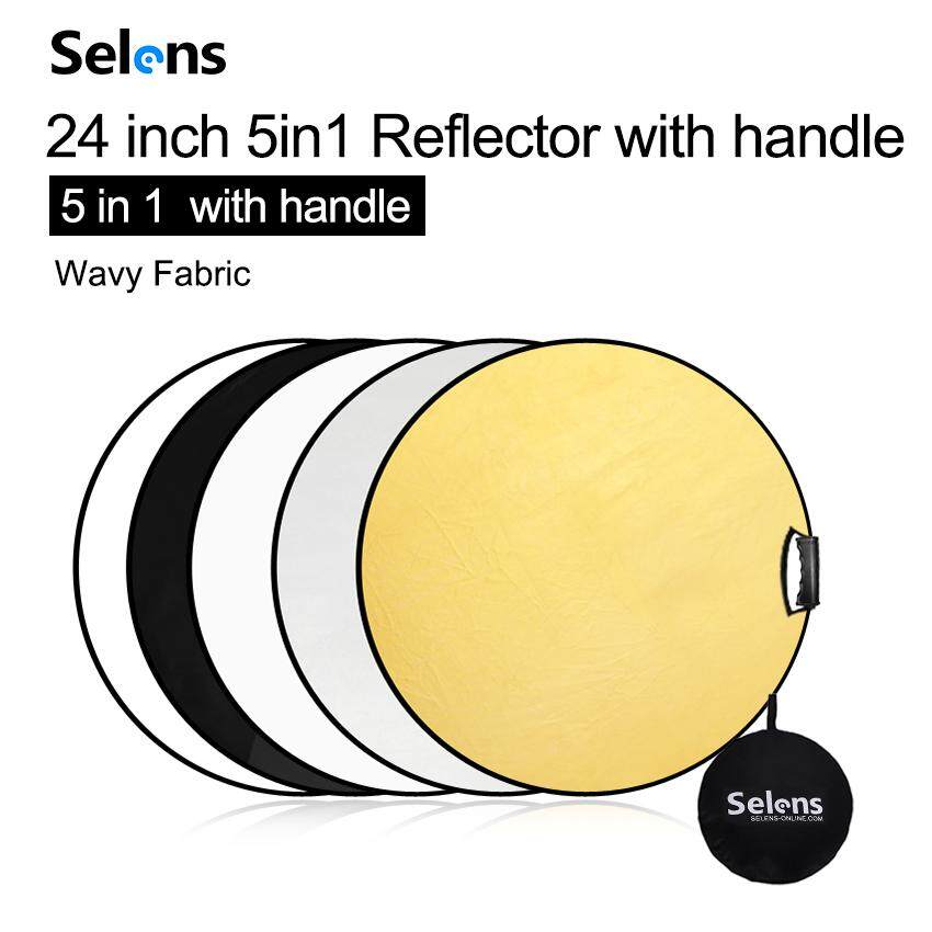 Portable Multi Disc Round Reflector Collapsible With Carrying Case For Photography Photo Studio Lighting With 2 Comfortable Grips for Studio or any Photography S 110cm Light Reflector 5-in-1 43 Inch
