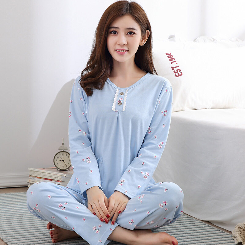 2017 New Casual Long Sleeve Women Pajamas Sets Cute Printed Home Wear  Indoor Warm Top and 647aa305b