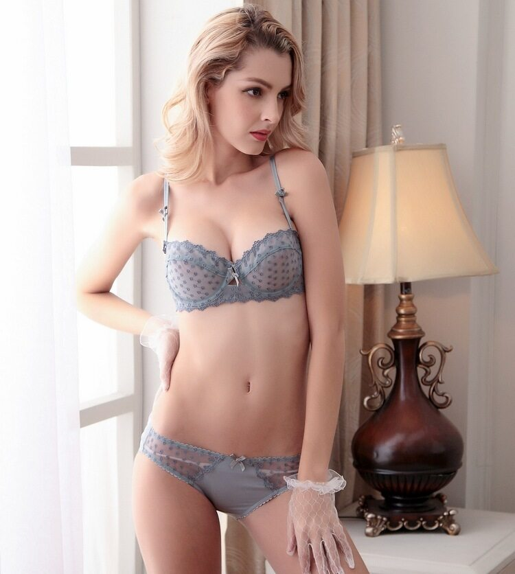 c15bf33c902 HGHISYU new Fashion transparent bra set plus size Women lace ultra-thin  blue underwear set