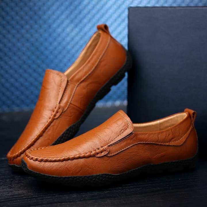 New Fashion Men Casual Doug Shoes Driving Shoes Men Men Leather Peas Shoes Men Shoes Fashion Flats-Brown 199882