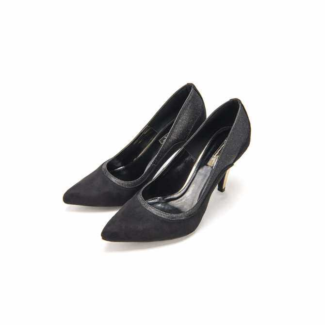S8529 Glamour Pointed-toe Pumps - Black Color