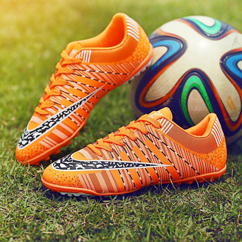 d780de863676 Soccer Shoes for Women and Men Fashion Soccer Ball Sports Sneakers  Professional Soccer Football Shoes Men