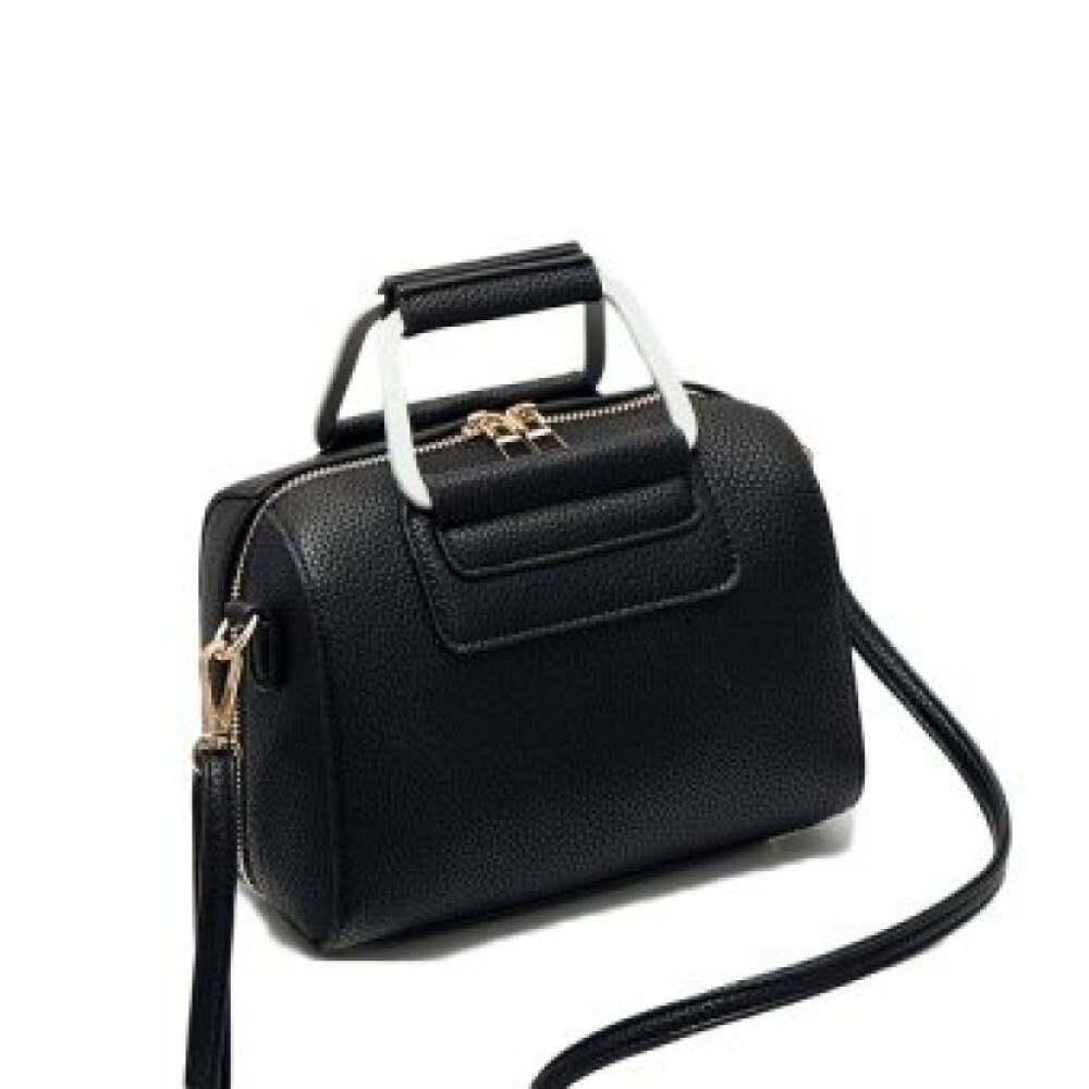 bahu Messenger Bag tas wanita (Hitam). Source · Top rate .