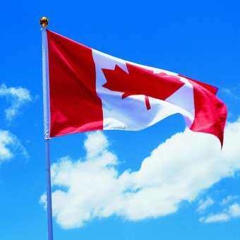 ธงชาติแคนาดาโพลีเอสเตอร์ใบเมเปิ้ลแคนาดาธงในร่มกลางแจ้ง Grommet