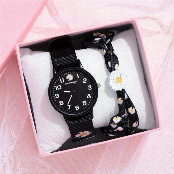 Jam Tangan Wanita Small Daisy Wrist Watch Women Fashion Nylon Strap Dress Quartz Watch Simple Wild Girlfriends Couple Watch Birthday Gift Women Malaysia