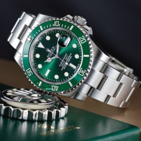 [HIGH QUALITY ] PURE GREEN ROLEXS SUB-MARINE Malaysia