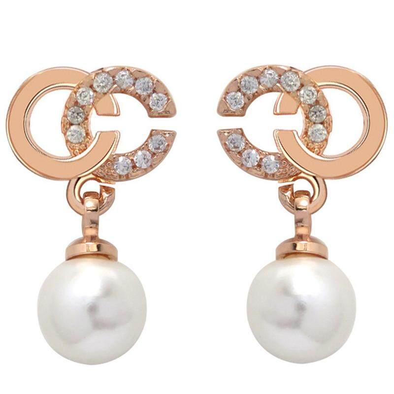 Yiqu 1 Pasang Wanita Baru Gaya Mode Rose Huruf Berwarna Emas C Mutiara Anting-Anting Tindik Perhiasan By Yiqu Store.