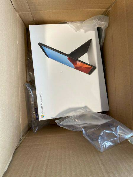 New Microsoft Surface Pro X 13 512GB SSD, Microsoft SQ1, 3.00 GHz, 16 GB Malaysia