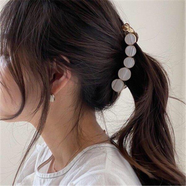 (Ready Stock) Korean Style Simple Temperament Banana Hair Clip Horsetail Twist Clip 韩版简约气质香蕉夹马尾扭夹 Malaysia