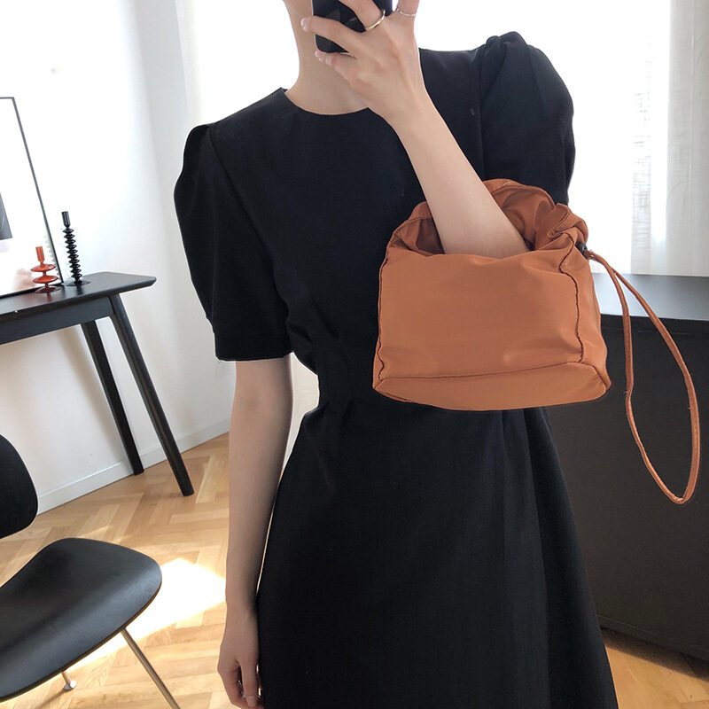 Female Deer West Hubble-Bubble Sleeve Accept Waist Dress In The Summer Of 2020 The New French Black Dress Elegant Gentle Dress 166.