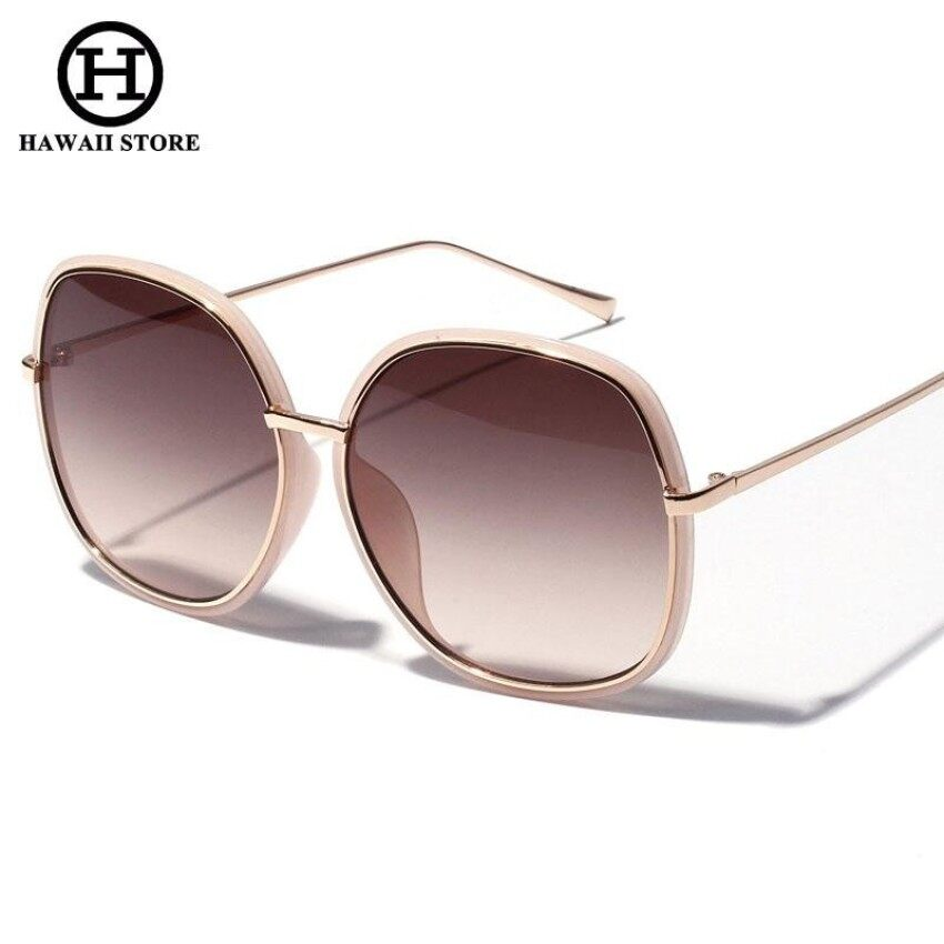 62ca753b7a Ralferty Elegant Ladies Oversized Sunglasses Women Gradient Sun Glasses  UV400 Big Face Shades Black Brown Lens