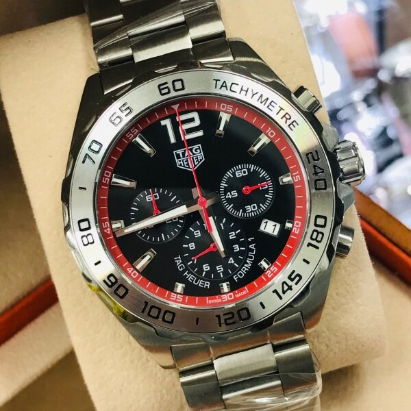 Tag_hyr chronograph inside all work with box paper beg and warranty card Malaysia