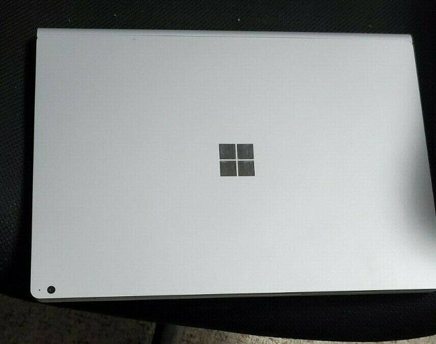 Microsoft/Surface Laptop 2/13.5& Touch/i7 - 16GB - 512GB SSD Malaysia