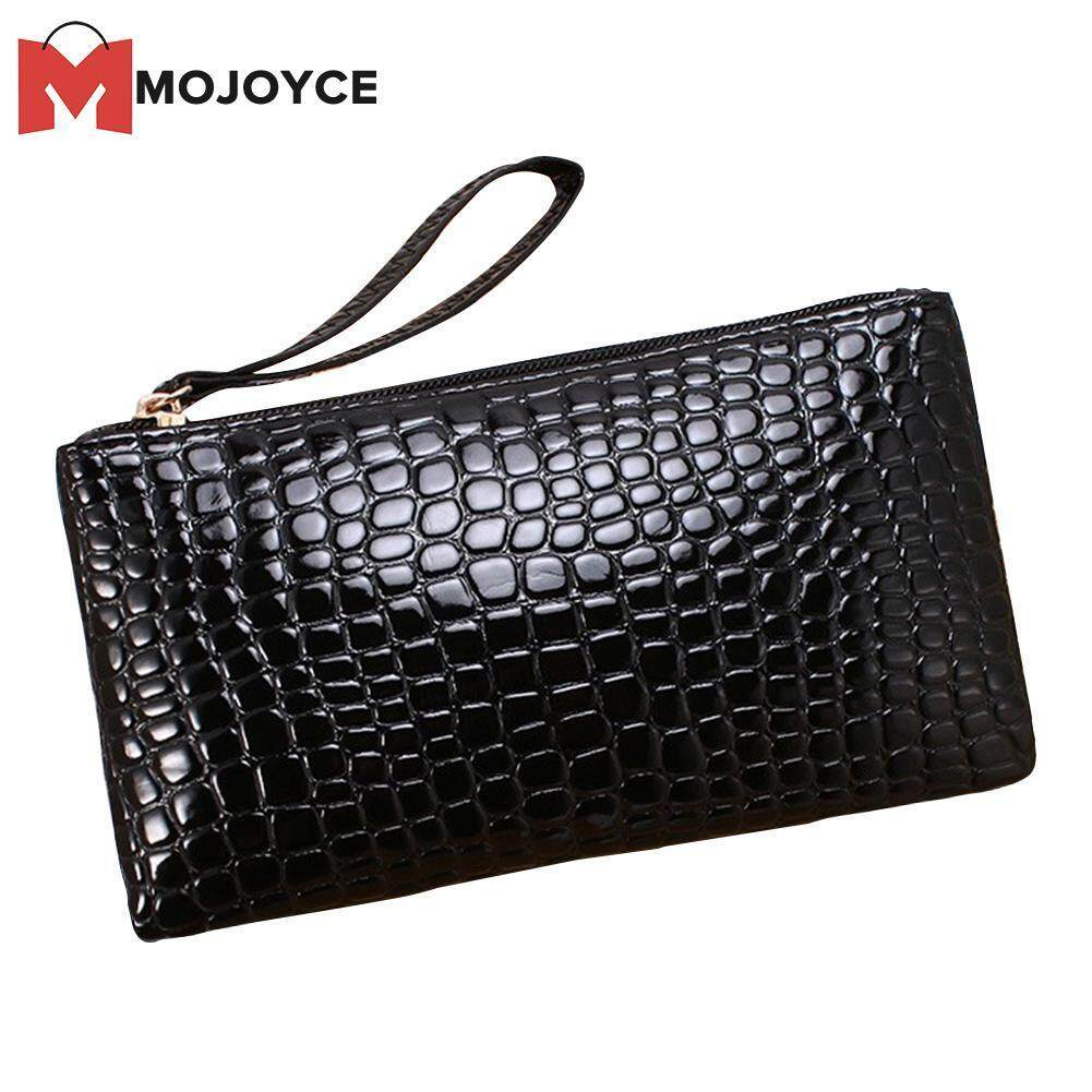 fb1bafb7d79 MOJOYCE Women Classic Chic PU Leather Plaid Clutch Coin Bag Long Purse  Wallet Wristlets