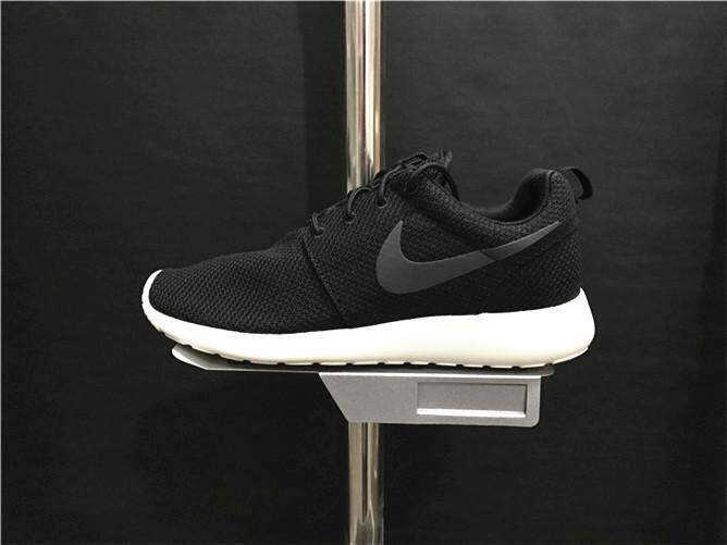 Nike Official ROSHE RUN Unisex Running Shoes Black White Discounted 1f533a1732