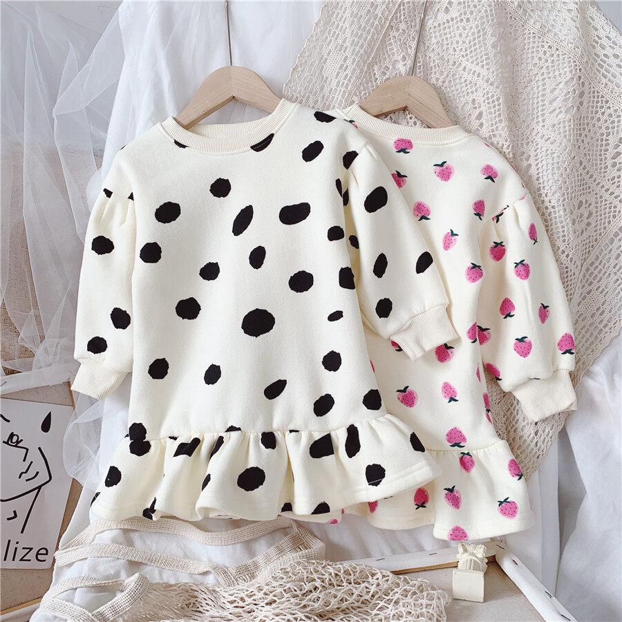 Váy bé gái tay dài, cổ tròn, vải nhung midi xếp nhún in họa tiết da bò/ dâu tây kiểu công chúa - Kisseangel - INTL
