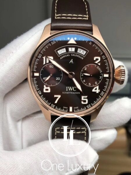[ONE LUXURY] BIG PILOTS WATCH ANNUAL CALENDAR ANTOINE DE SAINT EXUPERY BROWN DIAL 18K ROSE GOLD ON BROWN LEATHER STRAP IW502706 Malaysia