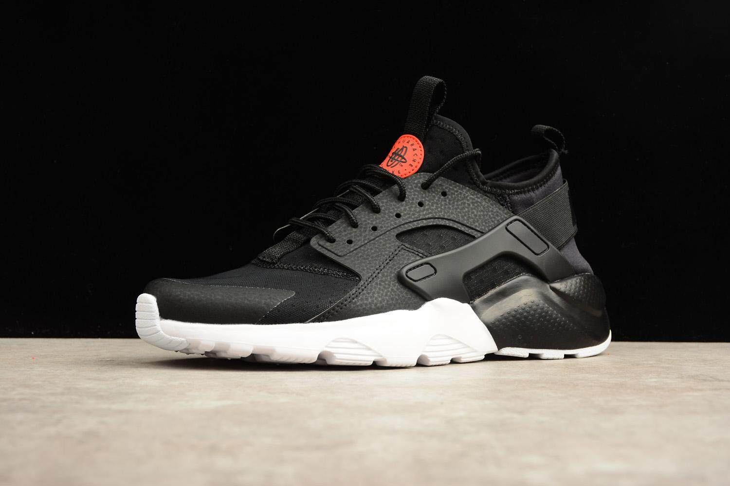 ed3ee98e84c Nike Sports   Outdoors - Shoes   Clothing price in Malaysia - Best ...