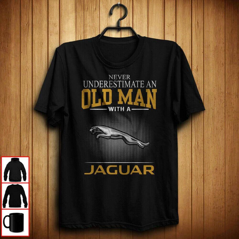 Jaguar Never Underestimate an Old Man Mens T-Shirt Tees Clothing