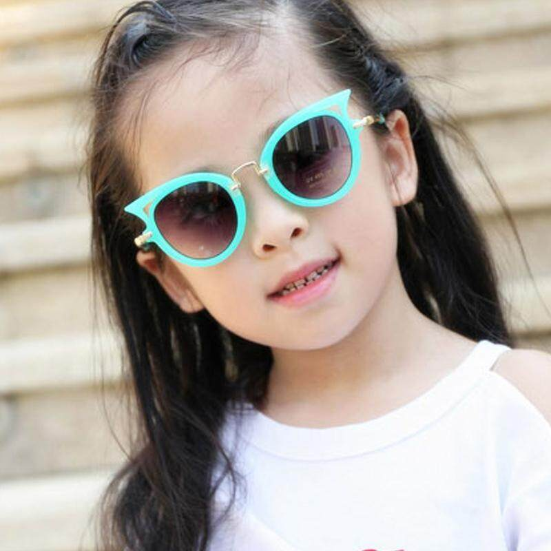 16ed11c6de31e Kids Sunglasses Cartoon Cat Eye Children Glasses Boys Girls UV400 Cute Sun  Glasses