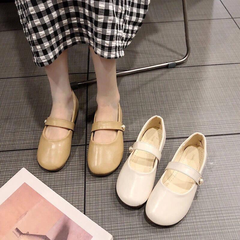 รองเท้าสตรี2021ฤดูร้อนใหม่รองเท้าผู้หญิง All-Match รองเท้าส้นเตี้ยแฟชั่นเกาหลีหัวเข็มขัดรองเท้าหนังขนาดเล็ก.