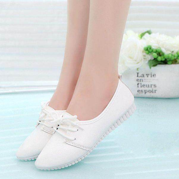 Giày Trắng Nhỏ Buộc Dây Đế Bằng Giày Làm Việc Giày Da Nhỏ Giày Nữ Công Sở Mũi Nhọn Có Thể Đi Giày Đơn Giày Lười Nữ Quanh Năm giá rẻ
