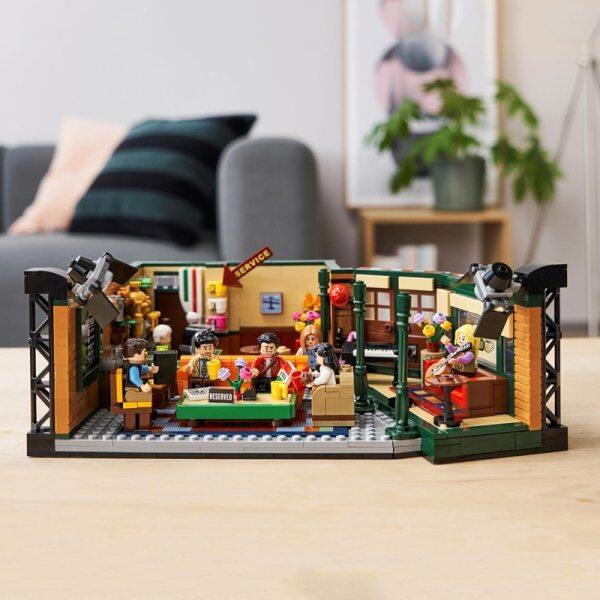 Lepinblocks 12001 Classic Tv American Drama Friends Central Perk Cafe Lepining Ideas Model Building Block Bricks 21319 Toys