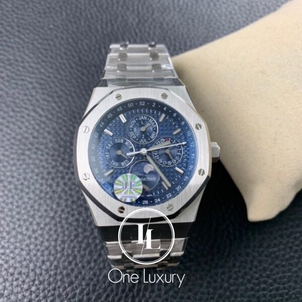Origin R0YAL 0AK 0FFSH0RE 44MM CHRONOGRAPH 26574ST OYSTER PERPETUAL CALENDAR ON STAINLESS STEEL BRACELET Malaysia