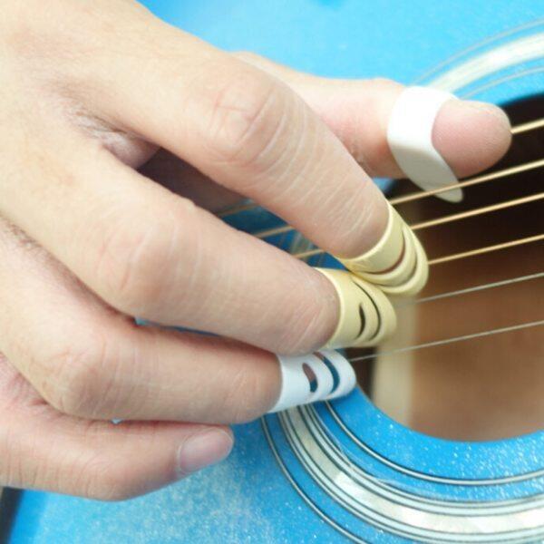 Hot Sale 4Pcs/set ALaska Pik Finger Picks For Acoustic Electric Guitar Stringed Instrument L / M Malaysia
