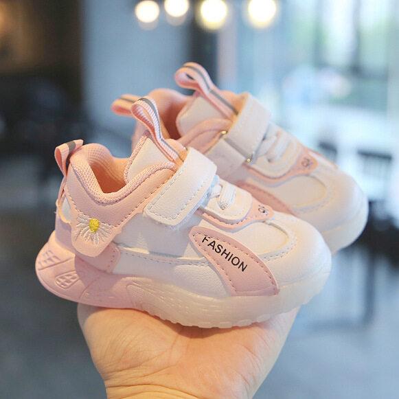 Giày Trẻ Em Giày Thể Thao Phong Cách Thường Ngày Giày Đi Bộ Cho Bé Trai Bé Gái Giày Trẻ Mới Biết Đi 10 Tháng Thời Trang Thoáng Khí Đế Mềm Bán Chạy 0-1-3 Tuổi giá rẻ