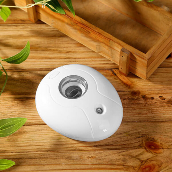 Xingfujia Mini Portable Water Bottle Air Humidifier Essential Oil Diffuser with Night Lamp Singapore
