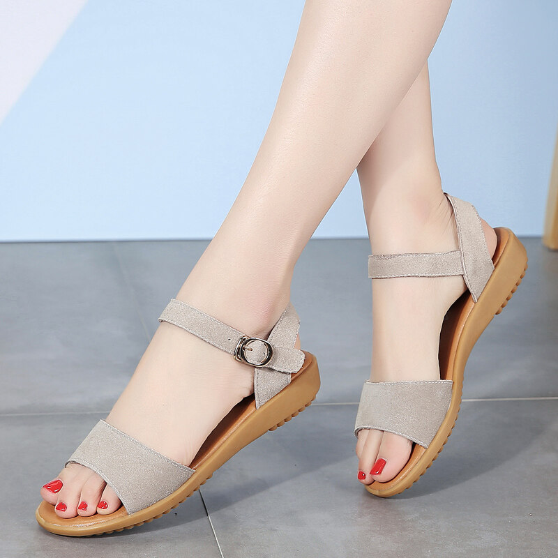 Sandals For Women Ladies Summer Hollow Buckle Sandals Casual Shoes Female Soft Beach Shoes.