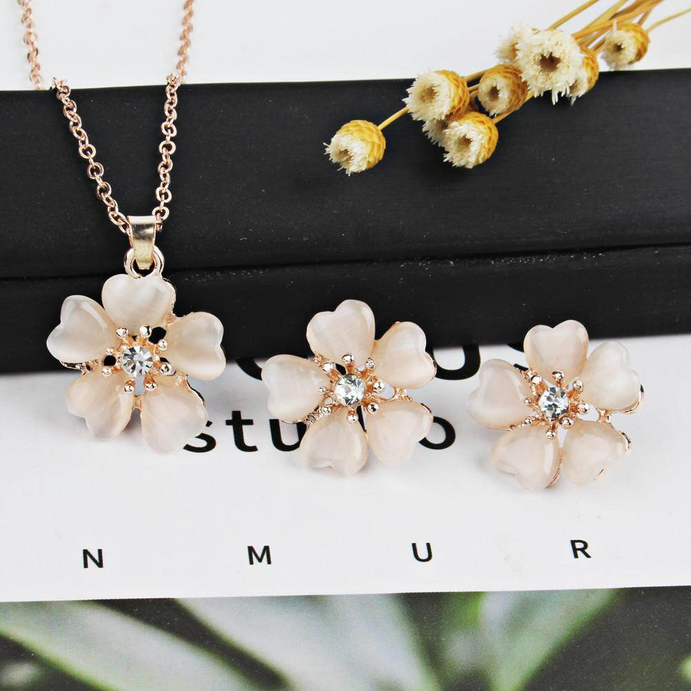 MMC Womens Necklaces Pendants Flower Shaped White Pearl Silver Jewelry