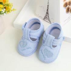 Giày sơ sinh dành cho bé gái chất liệu mềm dễ chịu cho bé thiết kế chống trượt an toàn – INTL