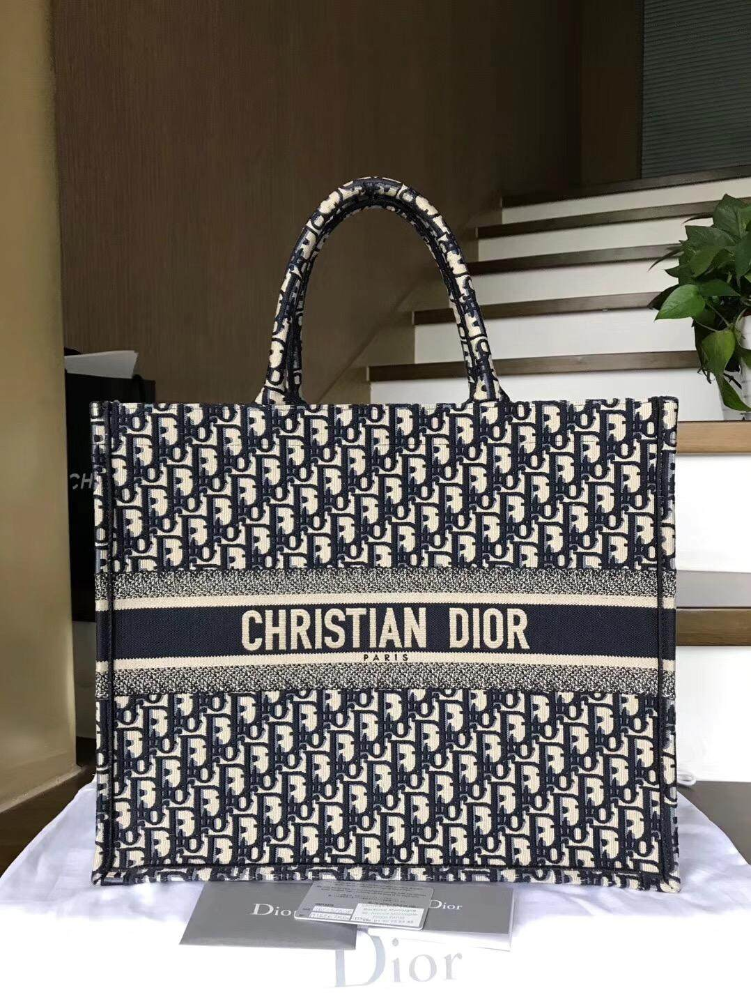 Print 100% of original DIORs 2,019 bags of old flowers Canvas bag Size :41.5 * 32 * 5cm Printed letter canvas M1286ZRIW_M928