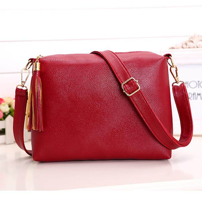Korean Fashion Tassel Sling Bag BG081, Maroon