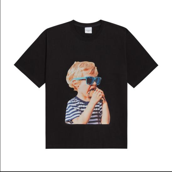 Adlv T-Shirt (graphic - Black Sunglasses).