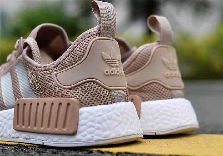 Adidas Asli NMD R1 Mesh Wanita Sneakers Sepatu Lari EU 36-44 23f78aeb05