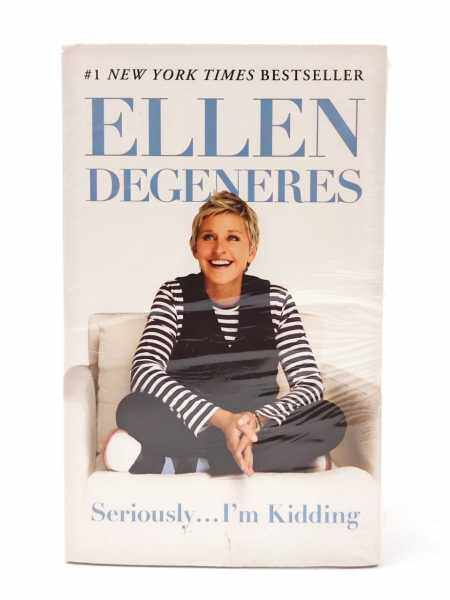 Seriously… Im Kidding - Ellen Degeneres - a funny book you can lough while reading, humor, Im Kidding Malaysia
