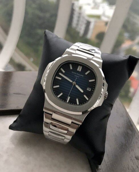 NUTILUS DATE  AUTOMATIC STAINLESS STEEL WATCH FOR MEN Malaysia