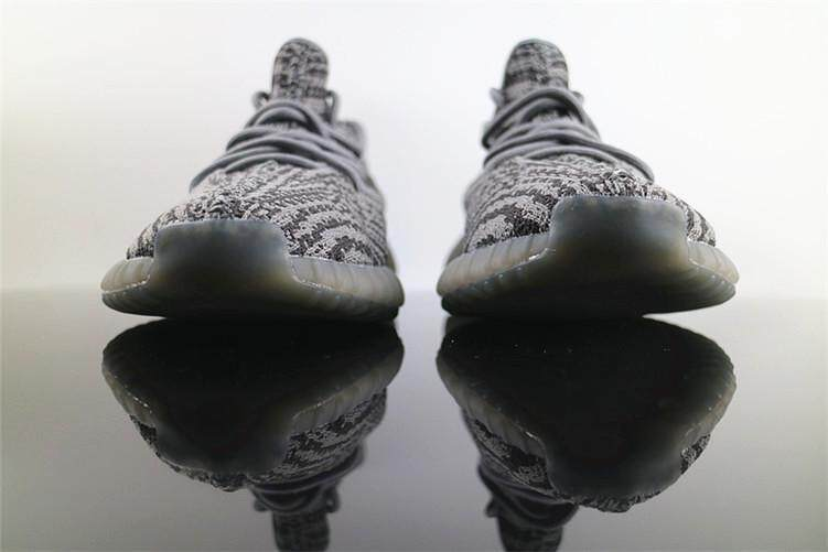 4e5b55591cd4 Adidas Original Sneakers Yeezy Boost 350 V2 Real Boost EU 36 Women s Sport