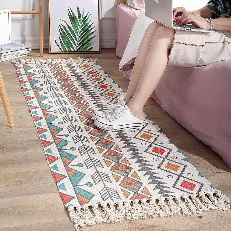 Bohemian Decorative Cotton Linen Rugs Hand Woven Geometric Floor Mat Bedroom Living Room Carpet with Tassels Home Decor